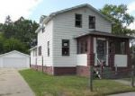 Foreclosed Home in Saginaw 48602 S OAKLEY ST - Property ID: 4020413112