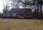 Foreclosed Home in Vicksburg 39180 HALLS FERRY RD - Property ID: 4020487580