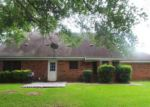 Foreclosed Home in Clinton 39056 HAWTHORNE PL - Property ID: 4020490197