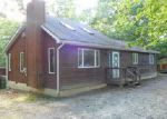 Foreclosed Home in East Stroudsburg 18302 HILLTOP CIR - Property ID: 4020790208