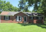 Foreclosed Home in Clarksville 37040 NEEDMORE RD - Property ID: 4020901464