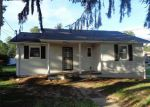 Foreclosed Home in Beckley 25801 HAGUE ST - Property ID: 4021030216