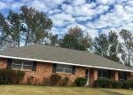 Foreclosed Home in Baton Rouge 70815 LOCKHAVEN AVE - Property ID: 4021338562