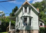 Foreclosed Home in Meriden 06451 MERIDIAN ST - Property ID: 4022052460