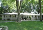 Foreclosed Home in Southfield 48034 W KALONG CIR - Property ID: 4024232246