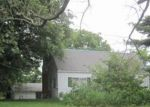Foreclosed Home in Elizabeth 15037 TORRENCE RD - Property ID: 4025663552