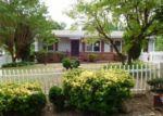 Foreclosed Home in Atlanta 30318 MANGO CIR NW - Property ID: 4026207965