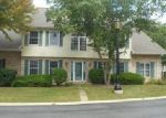 Foreclosed Home in Streamwood 60107 LAUREL OAKS DR - Property ID: 4026693225