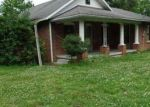 Foreclosed Home in Paducah 42003 BENTON RD - Property ID: 4026752801