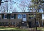 Foreclosed Home in West Milford 07480 WOODSIDE DR - Property ID: 4027685231