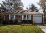 Foreclosed Home in Florence 41042 MANDERLAY DR - Property ID: 4027846862