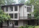 Foreclosed Home in East Stroudsburg 18301 SYCAMORE LN - Property ID: 4028425415