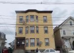 Foreclosed Home in Lowell 1850 LAKEVIEW AVE - Property ID: 4029341212