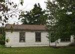 Foreclosed Home in East Saint Louis 62206 SAINT CECILIA DR - Property ID: 4030856163