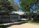 Foreclosed Home in Sycamore 60178 THOMAS DR - Property ID: 4030879380