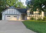 Foreclosed Home in Kansas City 66109 CLEVELAND AVE - Property ID: 4030933247