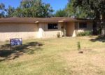 Foreclosed Home in Port Lavaca 77979 LARRY DR - Property ID: 4031404515
