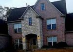 Foreclosed Home in Memphis 38125 LAUREL BEND DR - Property ID: 4031549482
