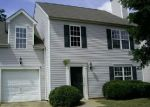 Foreclosed Home in Charlotte 28214 HIDDEN CREEK DR - Property ID: 4031680435