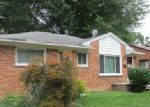Foreclosed Home in Garden City 48135 HELEN ST - Property ID: 4031929201