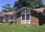 Foreclosed Home in La Place 70068 MEEKER LOOP - Property ID: 4032031700