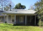 Foreclosed Home in Bush 70431 PENTON CEMETERY RD - Property ID: 4032032125