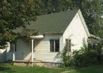 Foreclosed Home in Morrisonville 62546 W 1ST ST - Property ID: 4032148188