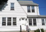 Foreclosed Home in Bridgeport 06606 WAYNE ST - Property ID: 4032366300