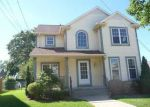 Foreclosed Home in Milwaukee 53205 W VINE ST - Property ID: 4033838333