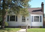 Foreclosed Home in South Bend 46616 HOLLYWOOD PL - Property ID: 4033847985