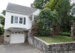 Foreclosed Home in Waterbury 06704 LONE OAK AVE - Property ID: 4034564496