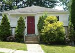 Foreclosed Home in Hamden 06517 HAWTHORNE AVE - Property ID: 4034569761