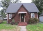 Foreclosed Home in East Alton 62024 BROADWAY - Property ID: 4035005538