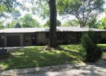 Foreclosed Home in Fairview Heights 62208 PINE TRL - Property ID: 4035012996