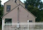 Foreclosed Home in New Albany 47150 W 10TH ST - Property ID: 4035055915
