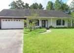 Foreclosed Home in Silsbee 77656 HARRISON RD - Property ID: 4035448774