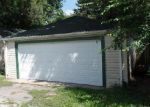 Foreclosed Home in Joliet 60433 SHERMAN ST - Property ID: 4035643219