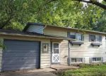 Foreclosed Home in Streamwood 60107 WALNUT DR - Property ID: 4035729511