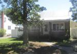 Foreclosed Home in Shirley 11967 JOHNS NECK RD - Property ID: 4036034783