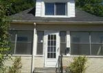 Foreclosed Home in Wyandotte 48192 LINDBERGH ST - Property ID: 4036387792