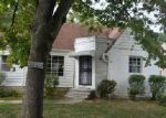 Foreclosed Home in Cleveland 44121 S BELVOIR BLVD - Property ID: 4037126195