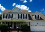 Foreclosed Home in Jacksonville 28540 SPRING LEAF LN - Property ID: 4037182712