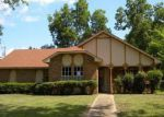 Foreclosed Home in Clinton 39056 CHERRY STONE CIR - Property ID: 4037356586