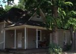 Foreclosed Home in Jonesboro 72401 W OAK AVE - Property ID: 4037765652