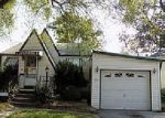 Foreclosed Home in East Alton 62024 WASHINGTON AVE - Property ID: 4037885208