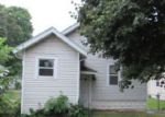 Foreclosed Home in Rockford 61104 8TH ST - Property ID: 4037900548
