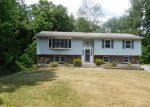 Foreclosed Home in Highland 12528 BELLEVUE RD - Property ID: 4038053394