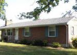 Foreclosed Home in Vinton 24179 MAPLEWOOD DR - Property ID: 4038191802