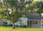 Foreclosed Home in Memphis 38127 REDVERS AVE - Property ID: 4038545239