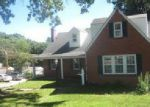 Foreclosed Home in Saint Louis 63135 N ELIZABETH AVE - Property ID: 4038944229